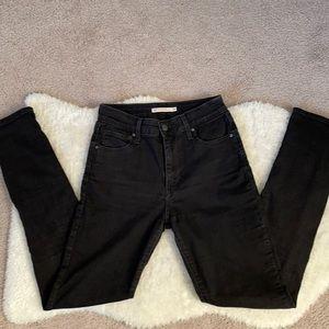 721 Levi's black highrise skinny jeans size 26